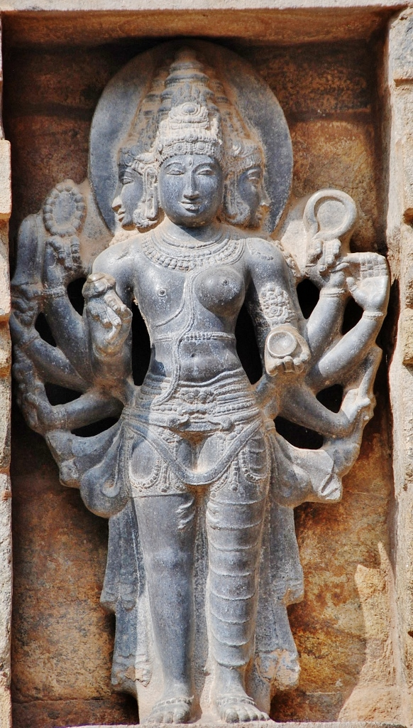 Scolpture of Arthanareeswarar at the Airavateswarar Temple