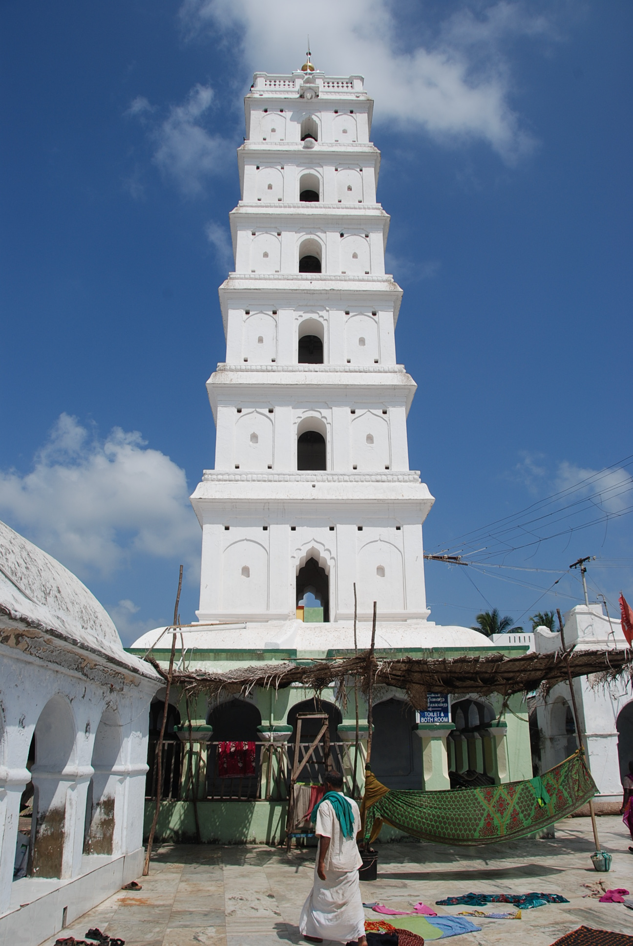 one of the four towers of the Nagore Dargah