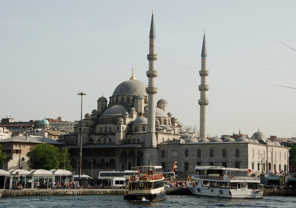 the Yeni Cami (New Mosque)