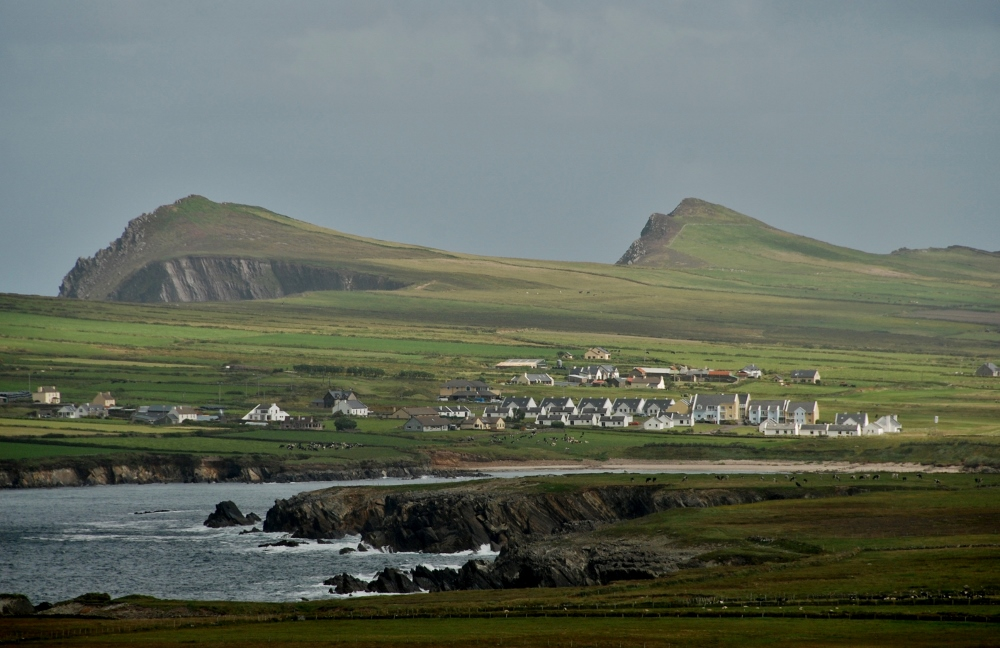 settlements in the Dingle peninsula