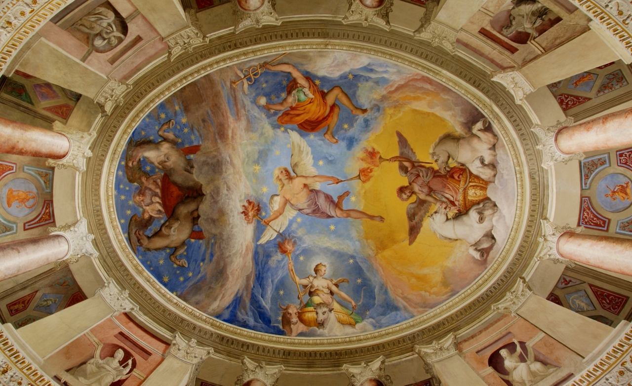 Room of Aurora. Vault fresco. Aurora heralded by Twilight chases Night away.