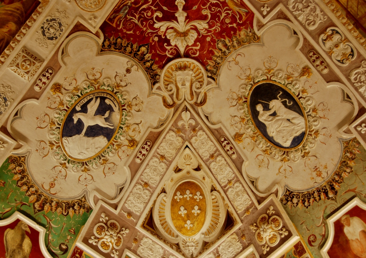 Anteroom of the Council.  Detail of the ceiling.
